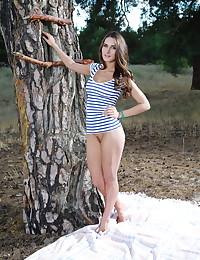 Elina nude in erotic ANTHA gallery - MetArt.com