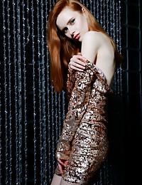 Bella Milano nude in glamour SAPOE gallery - MetArt.com