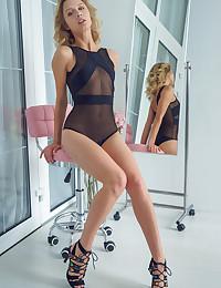 Clarice nude in glamour SWEETA gallery - MetArt.com