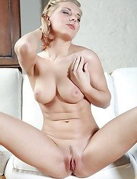 Sanny satifies her lusty desires with animal caresses and erotic strokes.