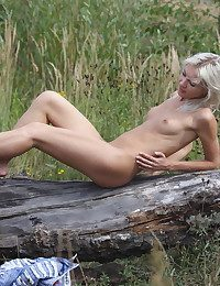 Erotic Hotty - Naturally Magnificent Unexperienced Nudes
