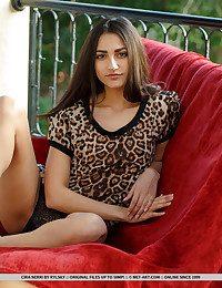 Cira Nerri nude in erotic LAROMA gallery - MetArt.com