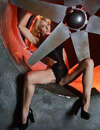 Nika N nude in erotic FIORIDA gallery - MetArt.com