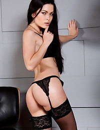 Amelie B nude in erotic LICONA gallery - MetArt.com